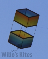 Box-kite-rainbow